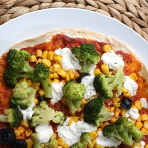 Tortilla pizza met broccoli en geitenkaas EEFSFOOD